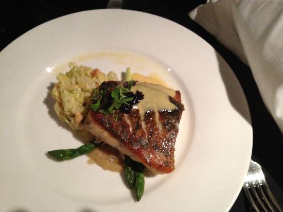 Echoes Restaurant - Blue Mountains : Barramundi