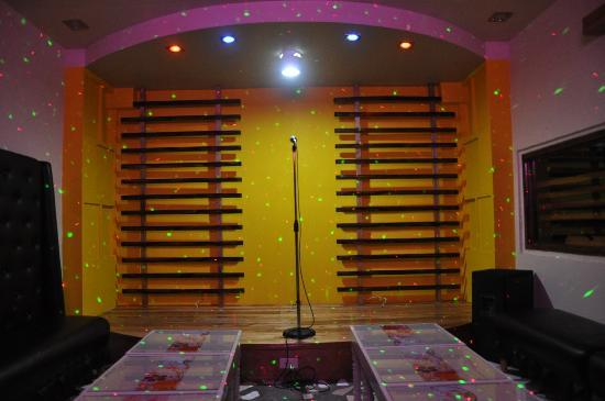 Tuguegarao City, Filipina: ktv room