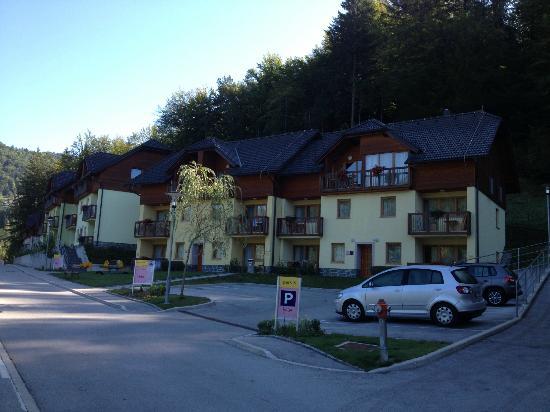 Terme Snovik: Building complex