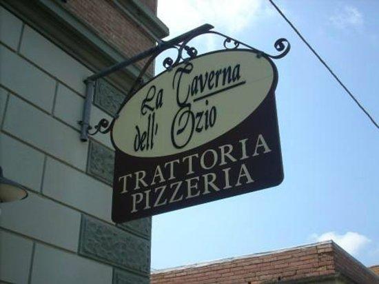 San Miniato, Italia: insegna