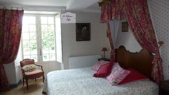 Le Clos du Haut Villiers: Rose room