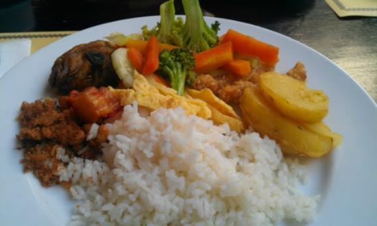 Grand Setiabudi Hotel: Breakfast