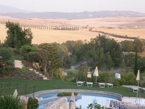 Panorama con piscina - Picture of Hotel Adler Thermae Spa & Relax ...