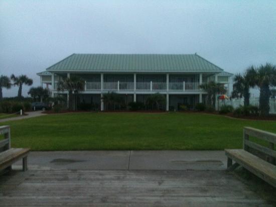 the islander picture of islander hotel resort emerald. Black Bedroom Furniture Sets. Home Design Ideas