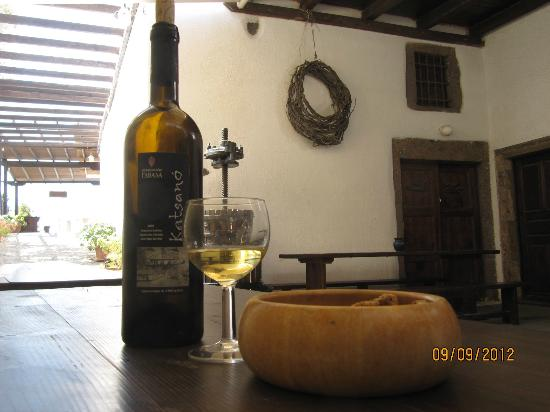 Gavalas Winery: tasting #1