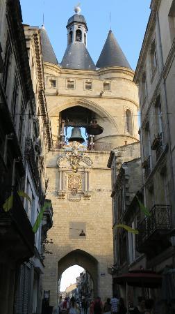 Grosse Cloche de Bordeaux : .