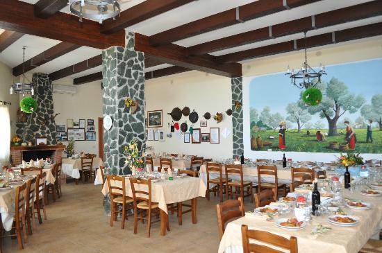 Tenuta Mauri - Agriturismo Vota: Sala ristorante