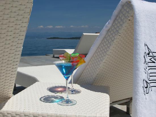 """Hotel Malin: Beach bar """"Mul"""""""