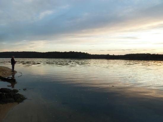 Tuross Beach Holiday Park: Fishing on Tuross Lake