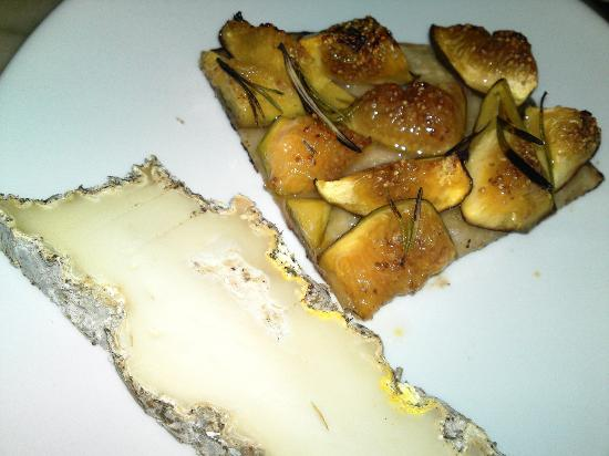 La Gazzetta: pizza con fichi e formaggio