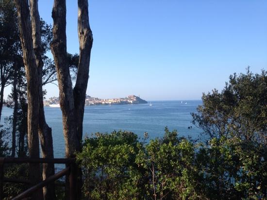 Hotel Grotte del Paradiso : vista su Portoferraio