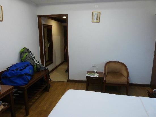 Hotel Southern Star: Entrada de la habitación
