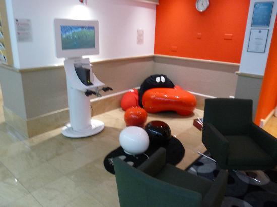 Novotel Geneve Centre: coin enfant