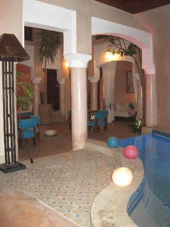 Riad Turquoise: Planta baja