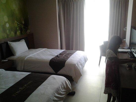 Midtown Hotel: room