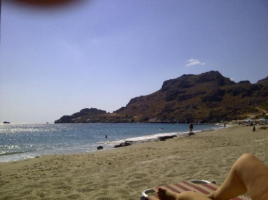 Akti Damnoni: Damnoni beach is just 30m away from the apartments