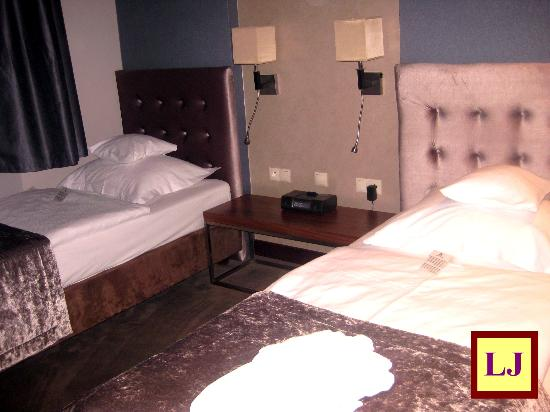 Hotel Unicus: Habitación