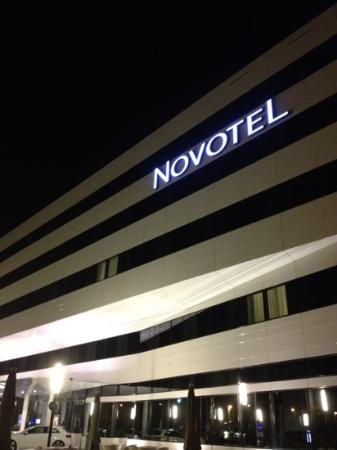Novotel Muenchen Airport: in notturna