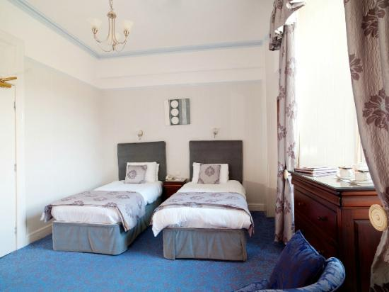 Atholl Palace Hotel: Standards Twin Room