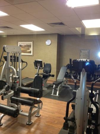 HYATT house Fishkill/Poughkeepsie: great fitness center with dumbells