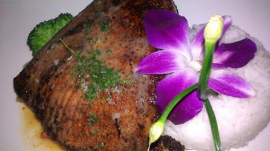 My Lime Cuisine: Blackened Swordfish with white wine lemon butter sauce