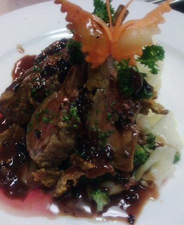 My Lime Cuisine: Rack of lamb with red wine green peppercorn sauce