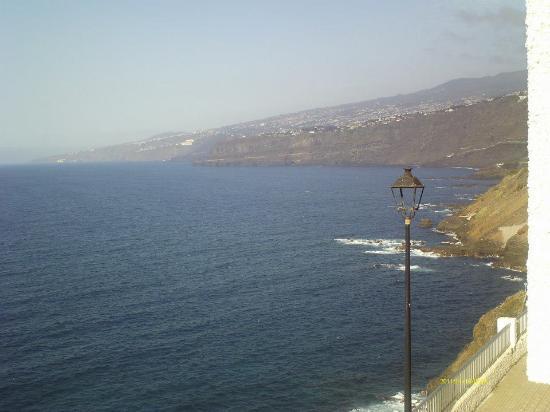Atlantic Mirage Suites & Spa : sempre la vista dalla camera, la costa...