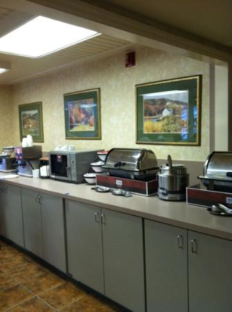 Comfort Inn Apple Valley: Hot breakfast bar