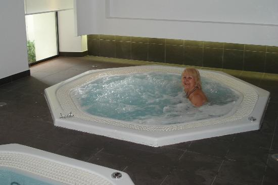 Resideal Premium Cannes: Great Jacuzzi's