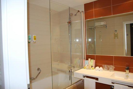 LOFT Hotel Bratislava: particolare del bagno