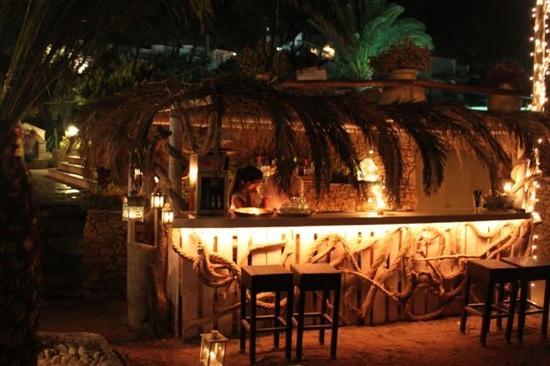 Venus Beach Hotel Bungalows: venus beach bar