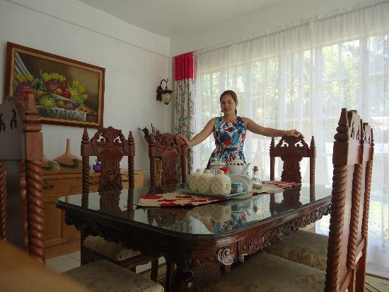 Residencia de Salvacion: Dining room
