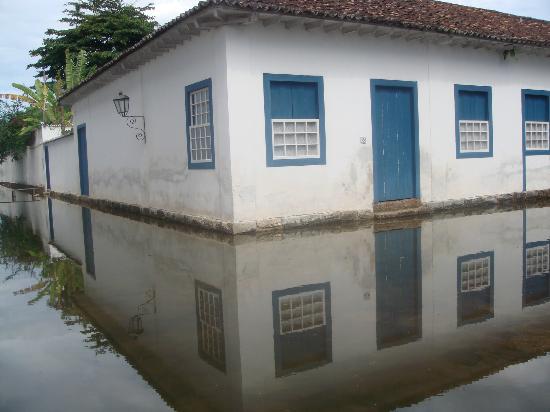 بوزادا كازا باراتي: Casa de Paraty 
