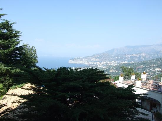 Grand Hotel Hermitage & Villa Romita: The view from room 211