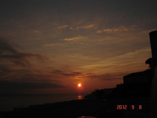 Pierre et Vacances Residence Les Balcons de Collioure : lever de soleil