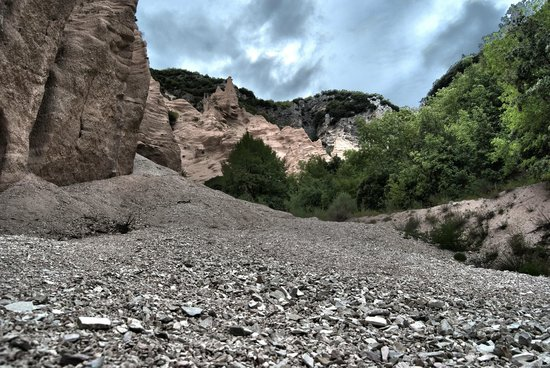 Fiastra, Italie : Le Lame Rosse HDR