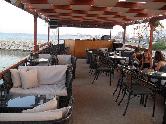 Aquarium Mediterranean Bar and Grill: Top deck of the boat