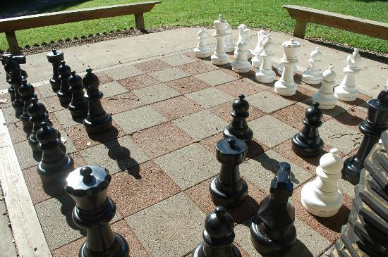 Ravenwood Castle : Giant Chess Board