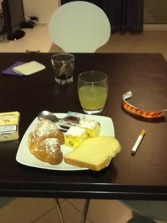 Noha Residence Hotel: la colazione me lo portata in camera