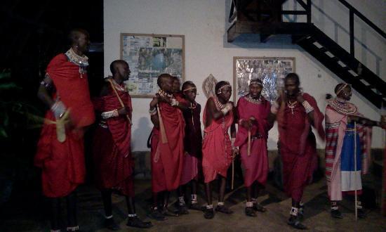 Kenga Giama Resort: Spettacolo masai al Kenga