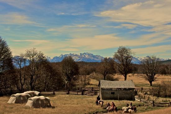 Patagonia Riders: Campamento Santa Clara