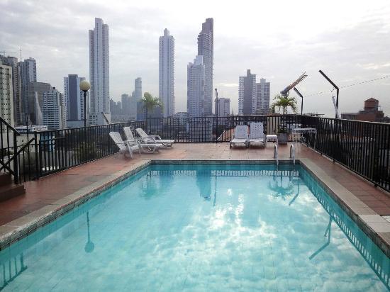 Hotel Costa Inn: Roof top pool