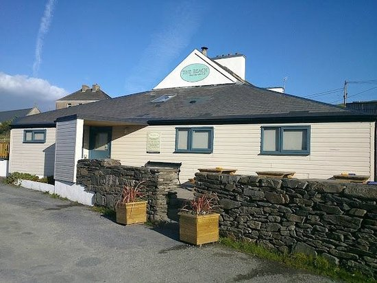 The Beach - Day's Bar and B&B : The Front door @ The Beach, Inishbofin