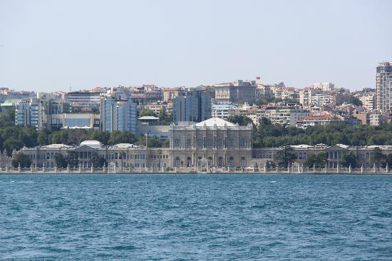 Istanbul, Turkey: Dolmabahçe Palace