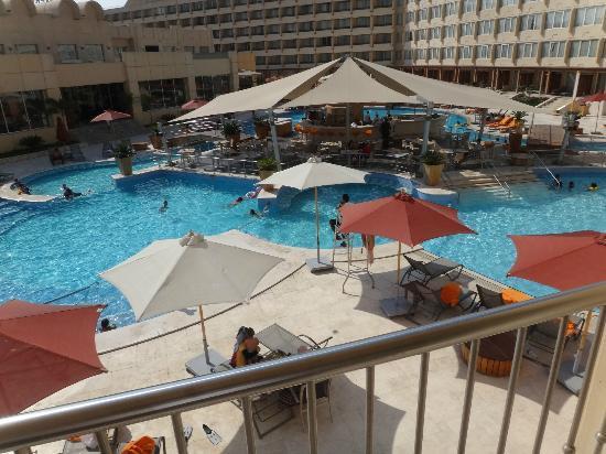 Le Meridien Pyramids Hotel & Spa: piscina