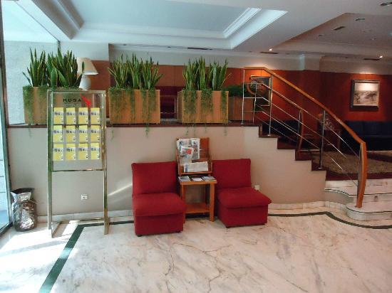 Hotel Ciudad de Compostela: Hall del Hotel