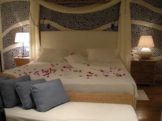 Blue Palace, a Luxury Collection Resort & Spa, Crete : chambre de la Island suite