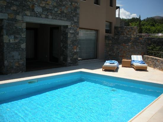 Blue Palace, a Luxury Collection Resort & Spa, Crete : Piscine privée d'une Island Suite