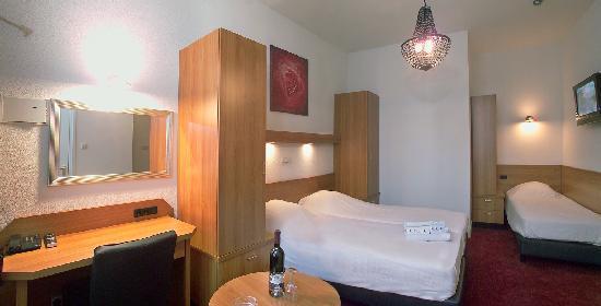 Nicolaas Witsen Hotel: Triple room