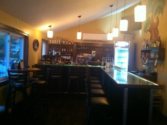 Bridgton House of Pizza: New Addition, Come enjoy the great atmosphere created by our full-bar